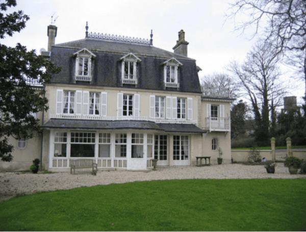 Hotel Pictures: Chambres d'Hôtes Le Petit Sully, Sully