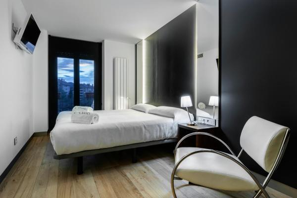 Hotel Pictures: Villa iacca, Jaca