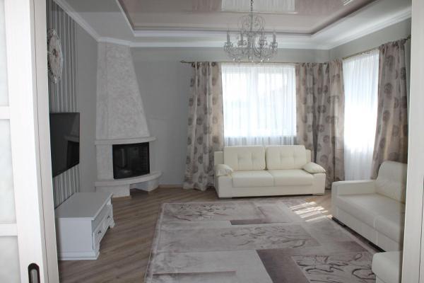 Foto Hotel: Country House on Pikhtovaya, Brest