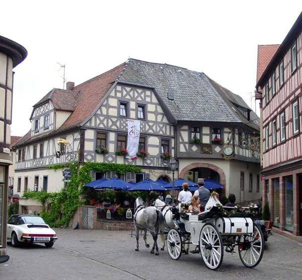 Hotelbilleder: Hotel Gasthof Krone, Lohr