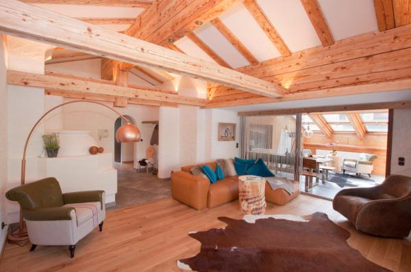 Zdjęcia hotelu: Alp-Chalet, Hirschegg