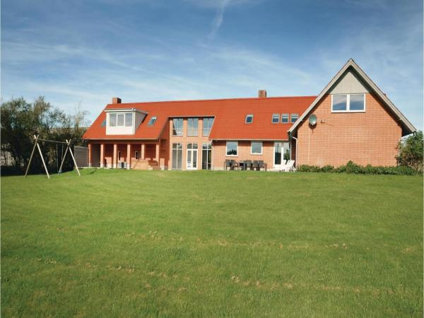 Hotel Pictures: Six-Bedroom Holiday home Hurup Thy 03, Sønder Ydby