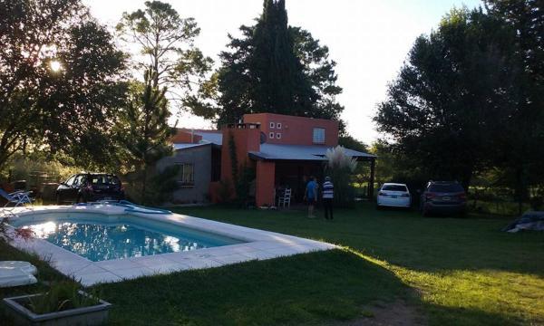 Foto Hotel: Cabañas Villa el Recreo, Villa Rumipal