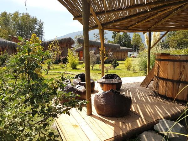 Фотографии отеля: Refugio Rural Majadas Hostal-spa, Pirque