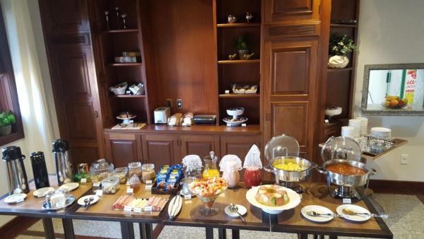 Hotel Pictures: Hotel Marine Inn, Machado
