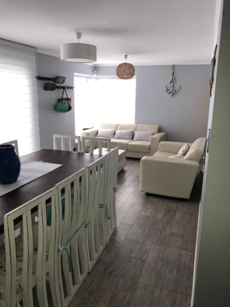 Hotel Pictures: Casa en Bahia Inglesa 101, Bahia Inglesa