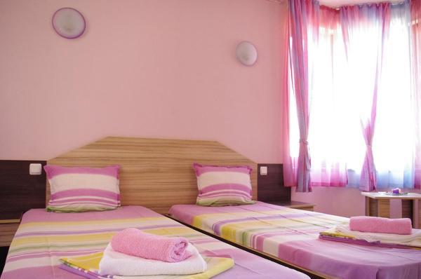 Hotelbilleder: Complex Diana, Cherven