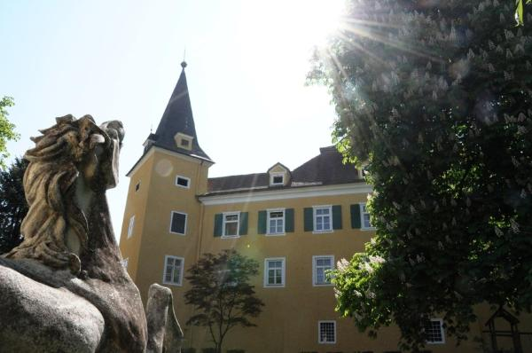 Hotellikuvia: Hotel Schloss Mühldorf, Mühldorf