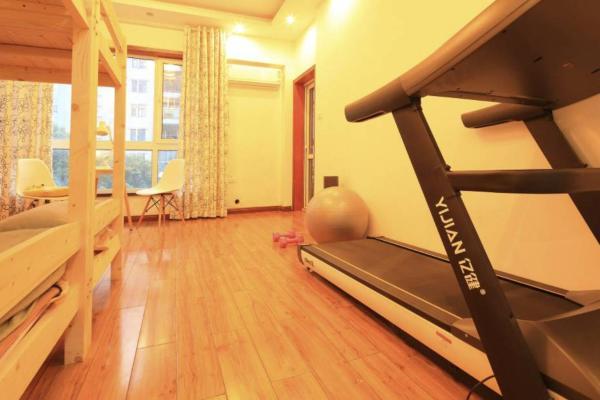 Hotel Pictures: Garden View Riverside Apartment, Wuhan