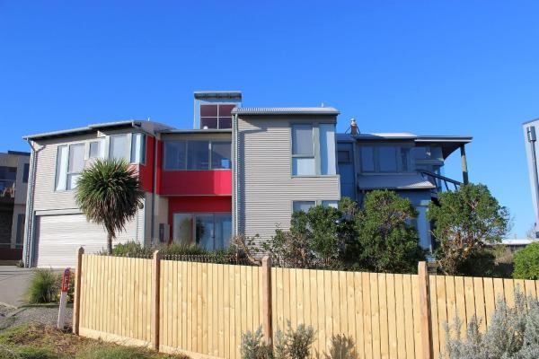 Photos de l'hôtel: Phillip Island Waterfront House, Surf Beach