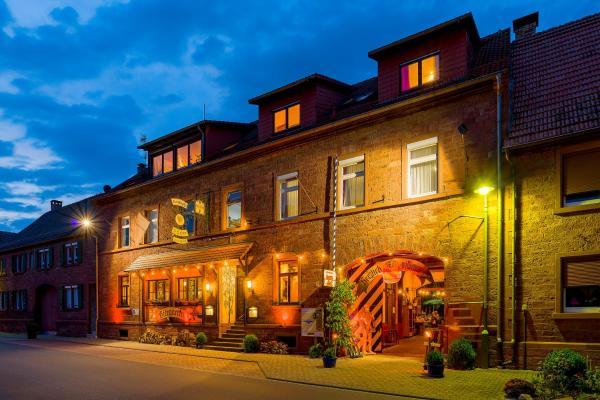 Hotelbilleder: Landhotel Drei Lilien, Werbach