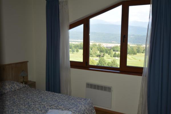Foto Hotel: Pirin Golf Hotel & Spa Apartment, Razlog