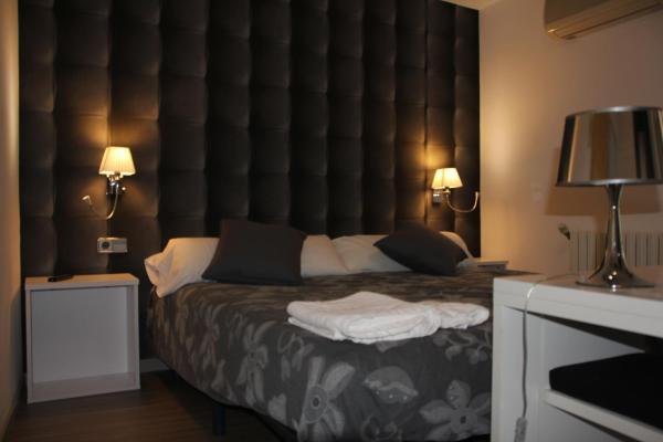 Hotel Pictures: Hotel Apartamentos Domenc, Aren