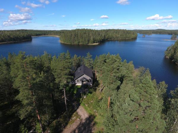 Hotel Pictures: Loma-Väkkärä Holiday Cabins Saimaa, Liiansaari