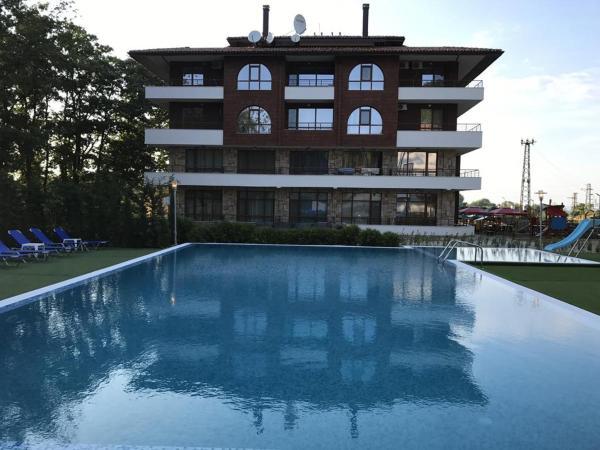 ホテル写真: Private Apartments in Complex Hunter's Beach, Shkorpilovtsi