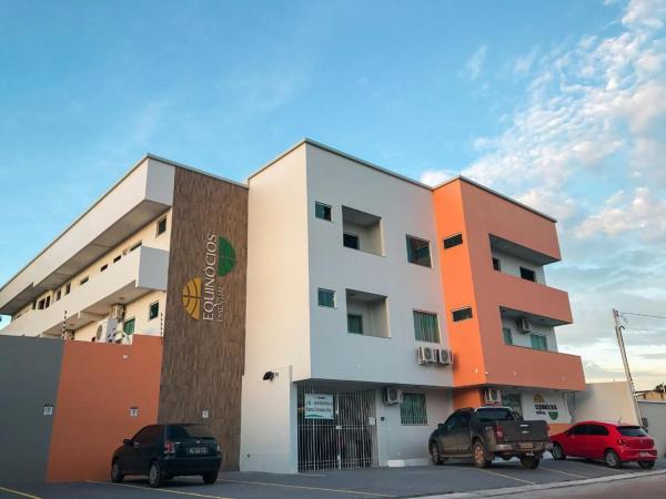 Hotel Pictures: Hotel Equinocios Essential, Barcarena