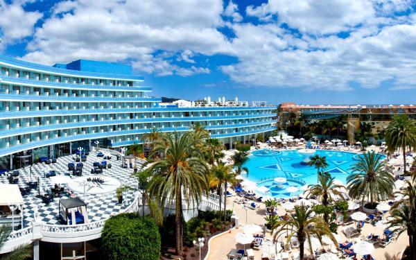 Hotel Pictures: Mediterranean Palace, Playa de las Americas