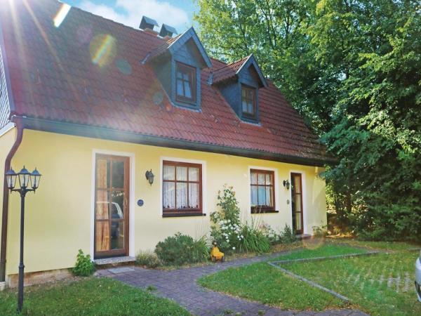 Hotelbilleder: Holiday Home Mitwitz with a Fireplace 09, Mitwitz