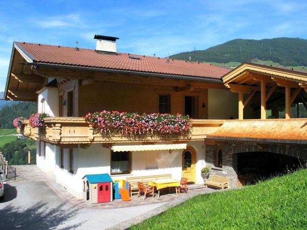 Hotellbilder: Ferienwohnung Ausblick Zillertal, Hainzenberg