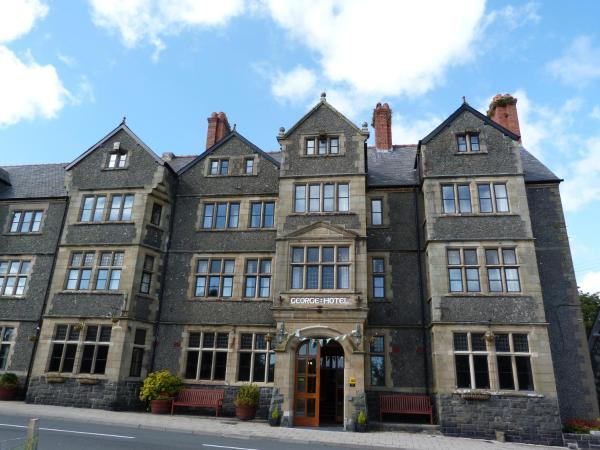 Hotel Pictures: George IV Hotel, Criccieth