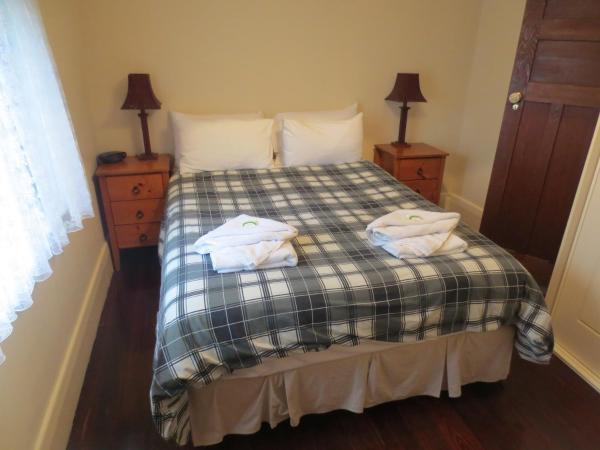 Foto Hotel: Glenelg Beachside Three Bedroom House, Glenelg