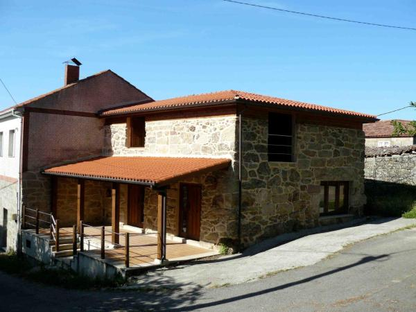 Hotel Pictures: Apartamentos Rurales A Torre, Porquera