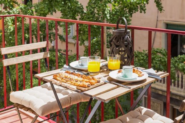 Hotel Pictures: Matarolux 10, Mataró
