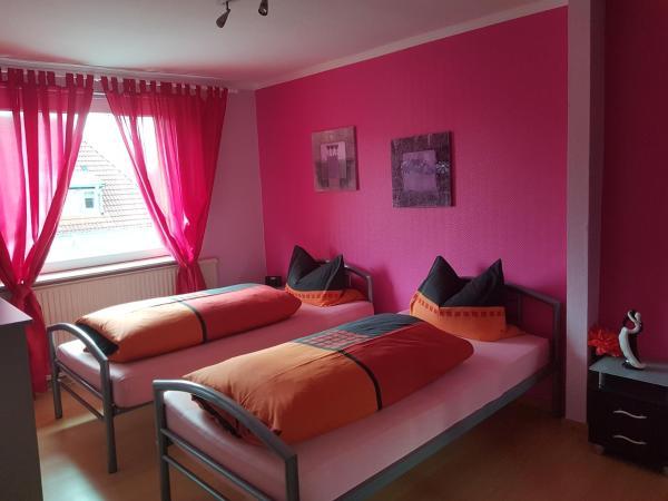 Hotel Pictures: Sonnige Ferienwohnung WHV, Wilhelmshaven