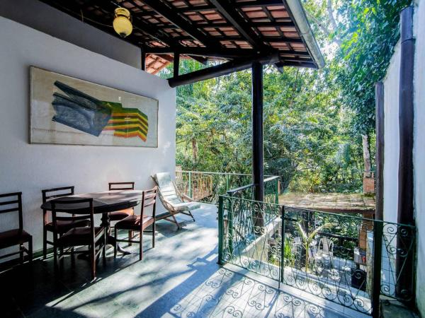 Hotel Pictures: Suítes da Cachoeira Ilha House, Ilhabela