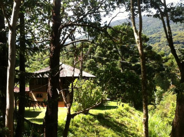 Hotel Pictures: Casa da Árvore, Itamonte