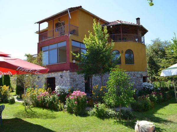 Фотографии отеля: Guesthouse Moskopoli, Voskopojë