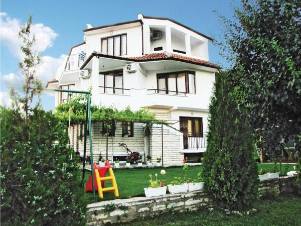 Hotelfoto's: Holiday Home Balchik Vila Roza, Balchik