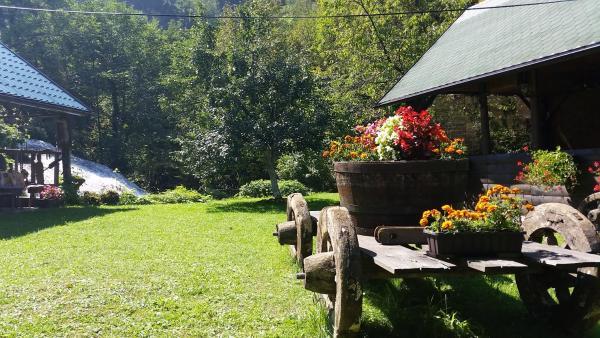 Photos de l'hôtel: Janjske otoke - smještaj na selu (Milorad Piljić), Šipovo