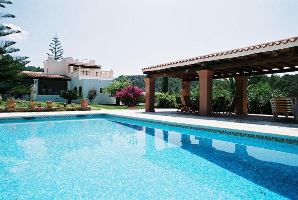 Hotel Pictures: Villa Igor, Santa Euralia des Riu