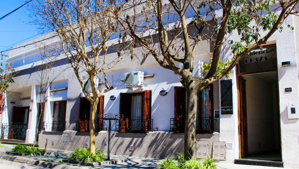 ホテル写真: Hotel Residencial Plaza, Firmat