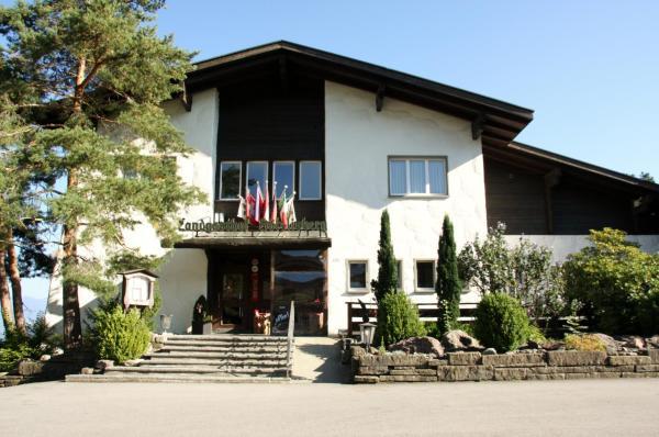 Hotel Pictures: Landgasthof Hölzlisberg, Eichberg