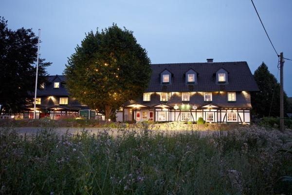 Hotel Pictures: Landgut Stüttem, Wipperfürth
