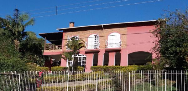 Hotel Pictures: Pena Atelier, Itamonte