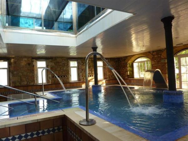 Hotel Pictures: Balneario de Corconte, Cabanas de Virtus