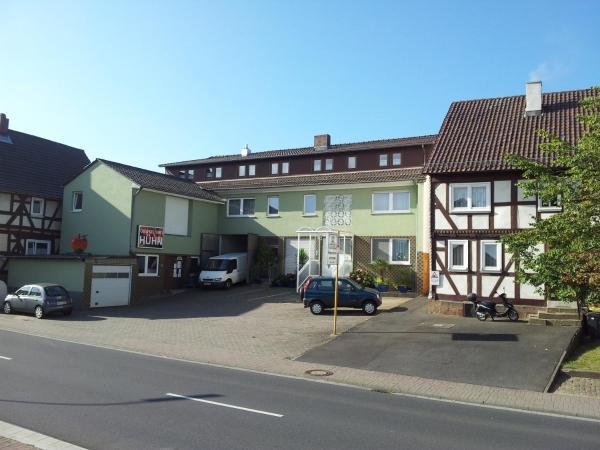 Hotelbilleder: Pension Hühn, Angersbach