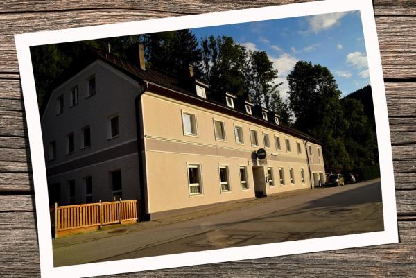 Foto Hotel: Pension Friederike Eder, Selzthal