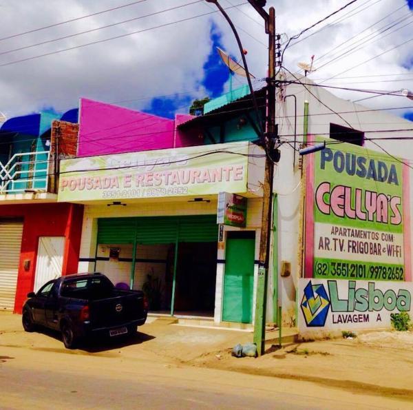 Hotel Pictures: Cellya's Pousada, Penedo
