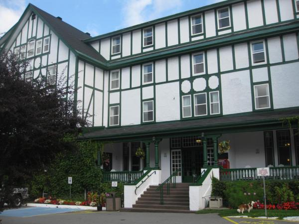 Hotel Pictures: Glynmill Inn, Corner Brook