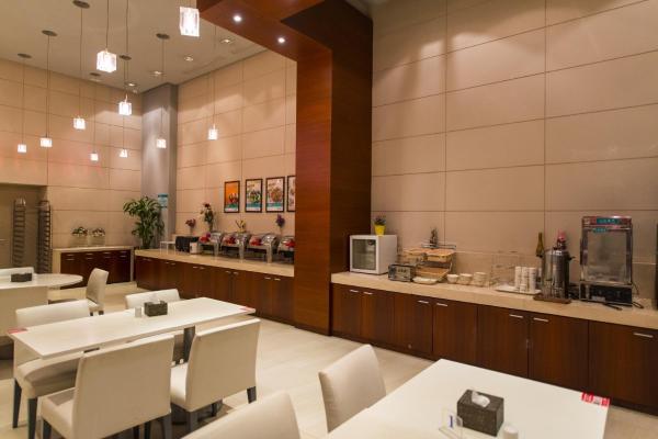 Hotel Pictures: Jinjiang Inn Select Zhongwei Shapotou Shui Town, Zhongwei