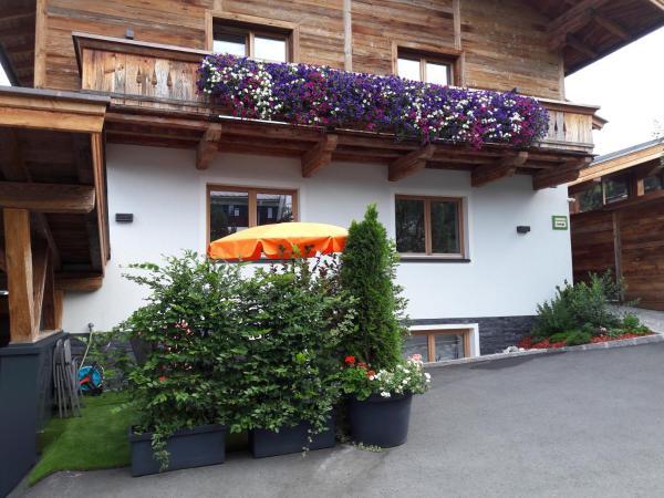 Fotos de l'hotel: Ferienwohnung Fichtler, Sankt Johann in Tirol