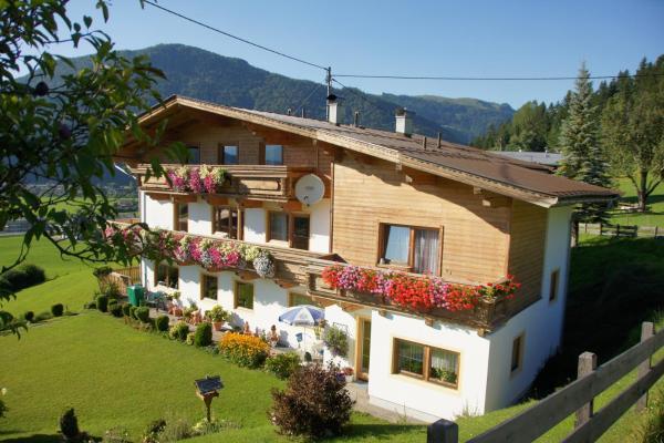 Hotel Pictures: Pension Sonnleit'n, Kirchdorf in Tirol
