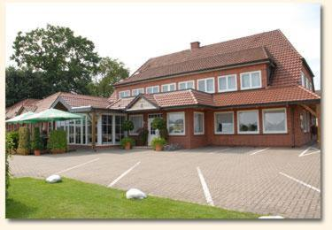 Hotel Pictures: Land-gut-Hotel Restaurant Kreuz Meyer, Stuhr