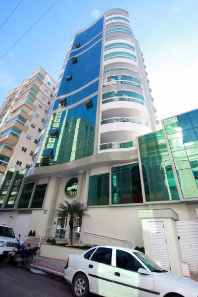 Hotel Pictures: Vertical House, Itapema