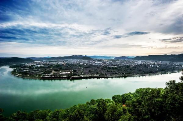 Hotel Pictures: 阆中心由青年旅舍, Langzhong