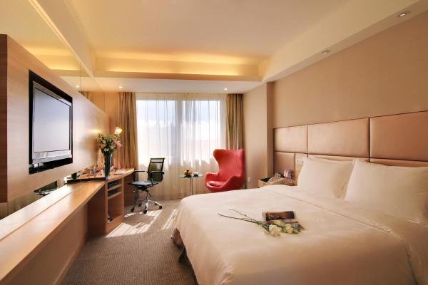 Executive Deluxe Room with Sea View